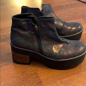 Shoes - Platform boots 8 us iridescent